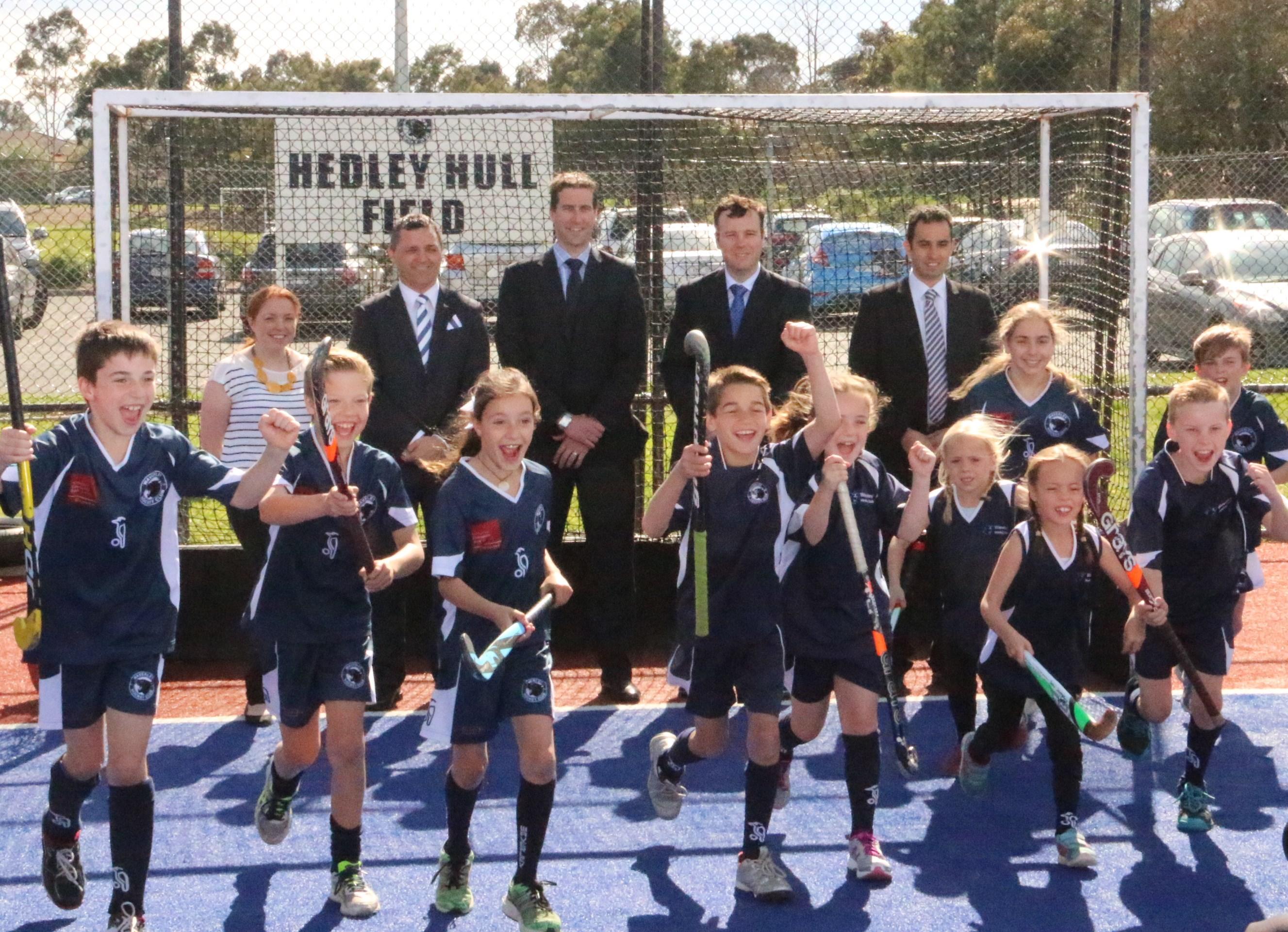 Photo-20140924-Waverley-Hockey-Club-Graham-Watt-MP-Cr-Paterson-Graham-Drew-Ashton-Michael-Gidley-MP-Cr-Zographos-players-RK